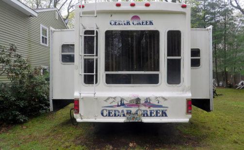Forest River Cedar Creek 36RLTS