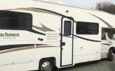 2013 coachmen freelander 23cb