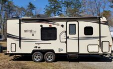 2015 Forest River Rockwood Mini Lite 2304KS